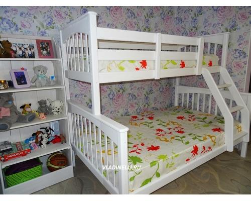 """Двухъярусная кровать  для троих детей """"Ольга"""""""