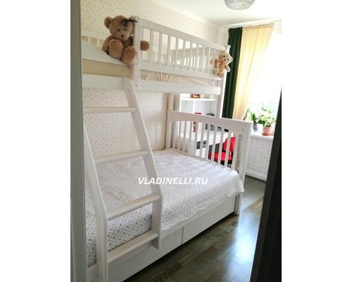 """Двухъярусная кровать """"Соня"""" для троих детей"""